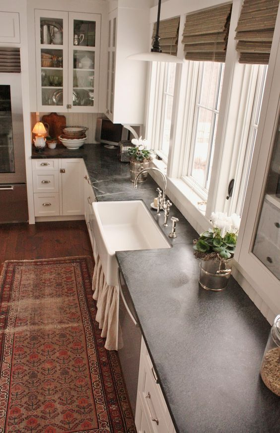 Countertop trends for kitchens and bathrooms friel for Trends kitchens and bathrooms
