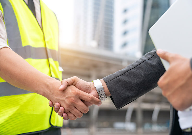 hire a contractor 1