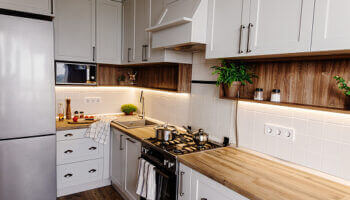 How to Pick Out the Best Hardware for Your Kitchen