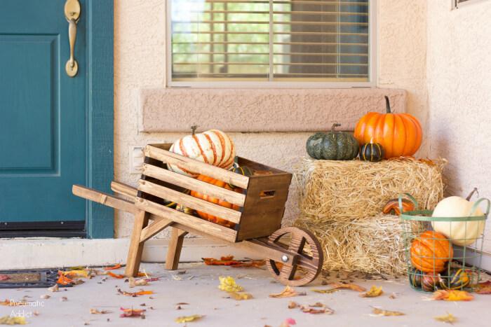 wheelbarrow DIY woodworking projects