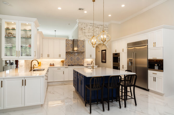 Luxury White Kitchen Design Ideas
